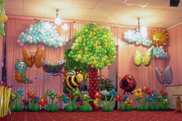 Украшения воздушными шарами выпускной в детском саду фото
