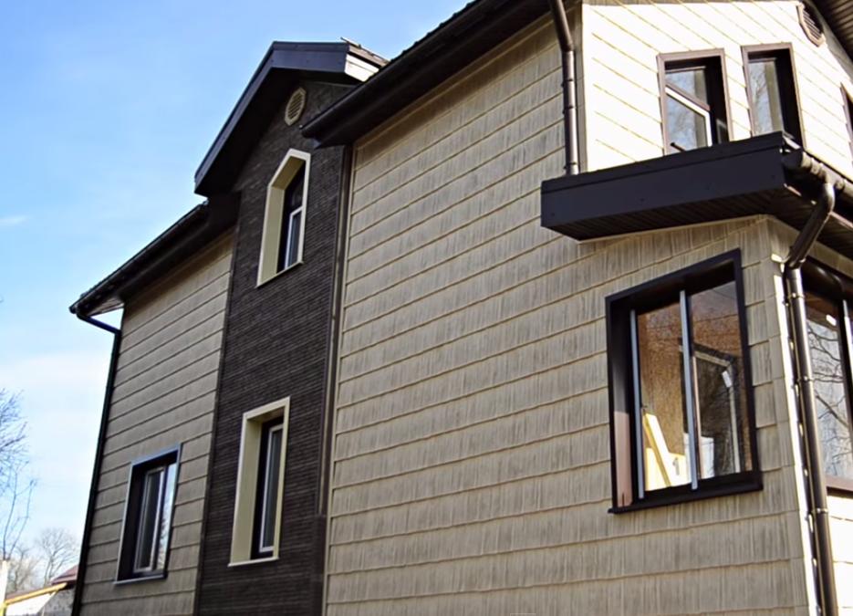 гармонично смотрятся сайдинг варианты отделки дома фото подобранный цвет фасада