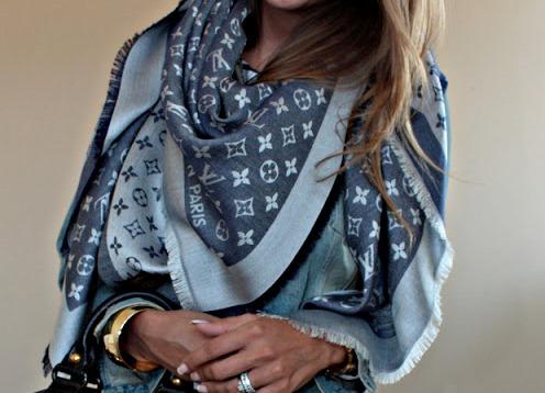 Палантин Louis Vuitton c21c46c28dc