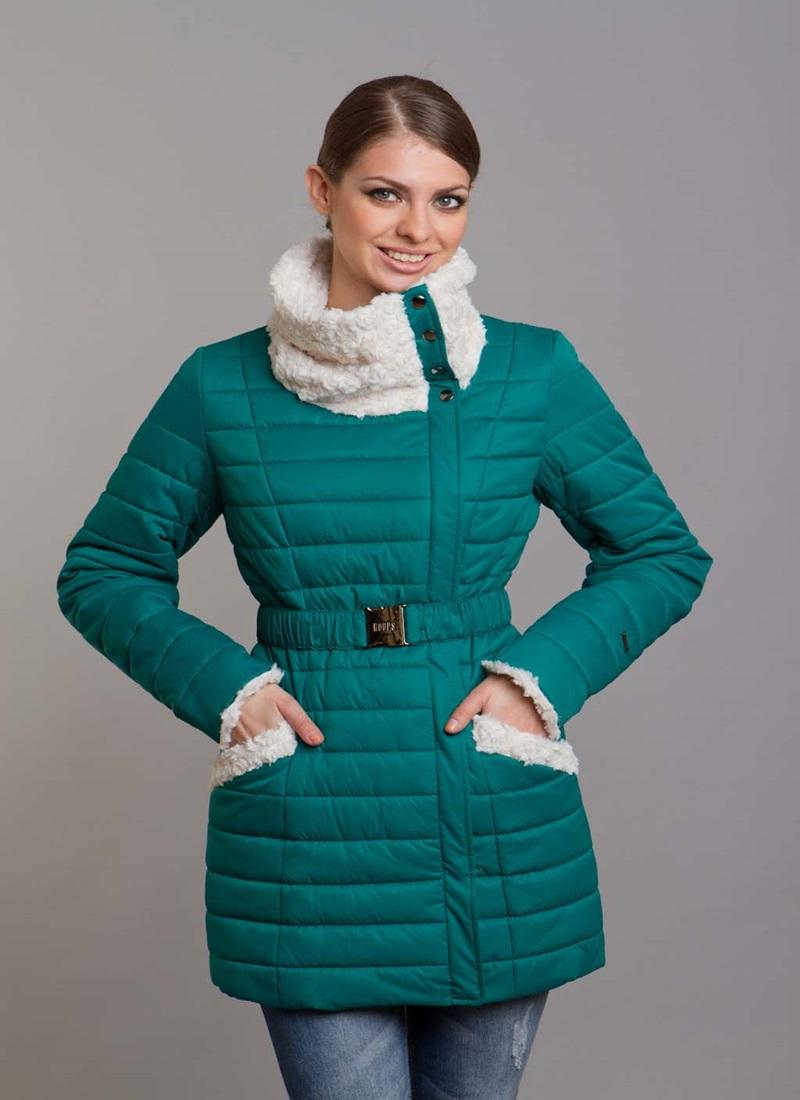 Смотреть Женское пальто на синтепоне видео