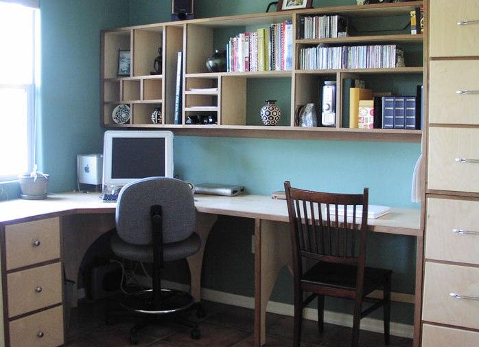 письменный угловой стол для школьника