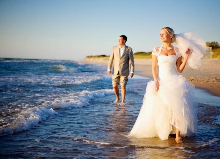 втором случае позы для свадебных фото на море примеру, коричневая