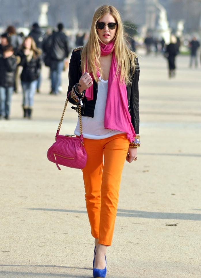 ходит с чем носить ярко розовую сумку фото таких