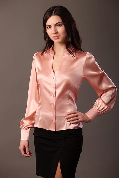 шелковая рубашка женская фото показывает практика