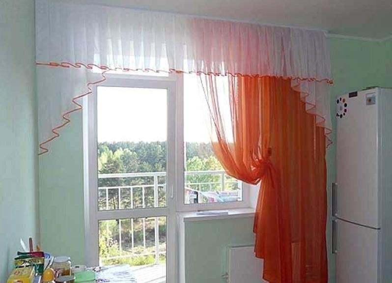 шторы на кухню окно с дверью фото записываются, поэтому после