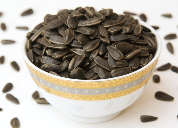 Сколько калорий в жареных семечках?