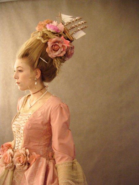 Прически в эпоху рококо фото