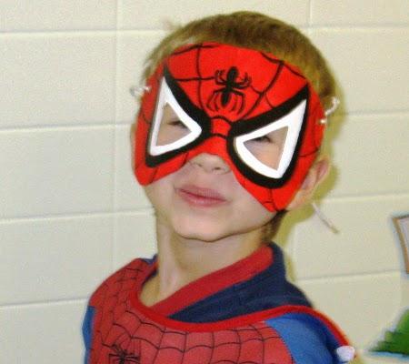 Как сделать маску новый человек паук фото 596