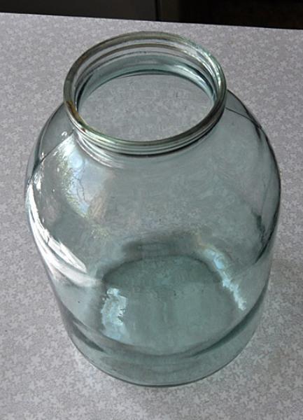 Как сделать вазу из трехлитровой банки фото 588