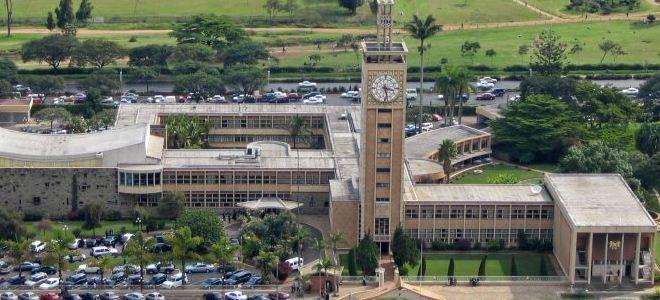 Здание Парламента первого президента Кении