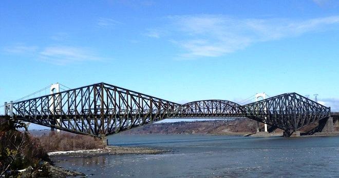 Мост в Квебеке
