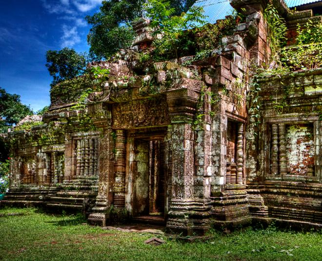Руины кхмерского святилища