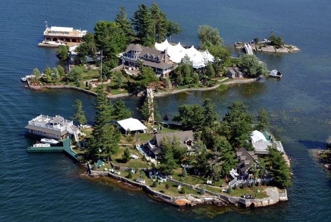 Тысяча островов - одна из наиболее знаменитых природных достопримечательностей