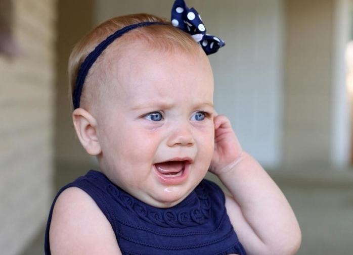 Ребенку в ушко попала вода: ваши действия