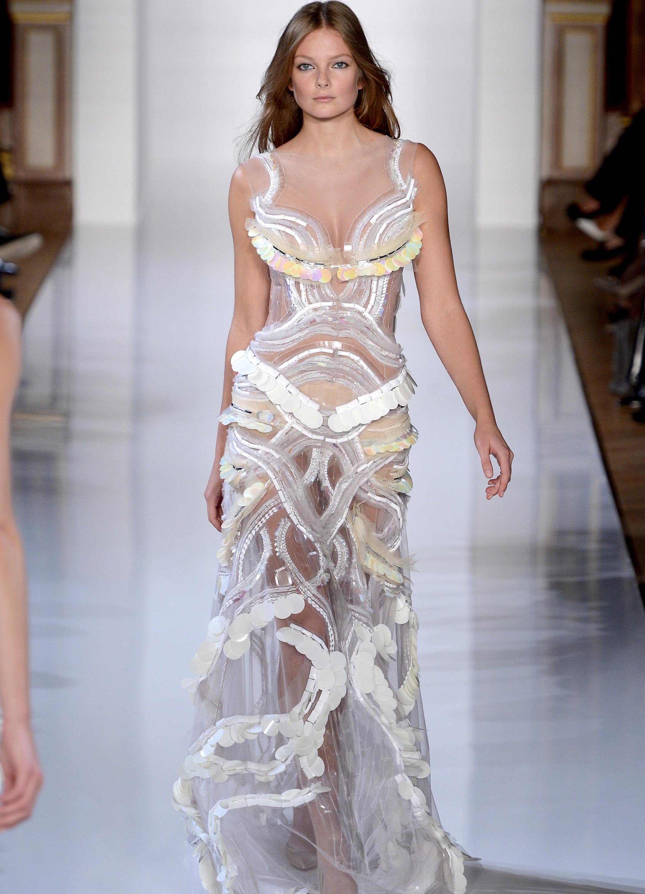 b379a94ad5f6231 Вечерние платья от Юдашкина 2013