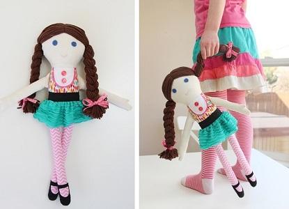 Как сделать из ткани кукол 775